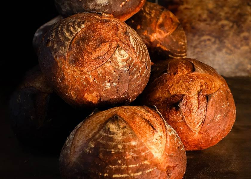 Das Kochendörferbrot mit Sauerteig hat eine knusprige Kruste und ein zartaromatisches Inneres.